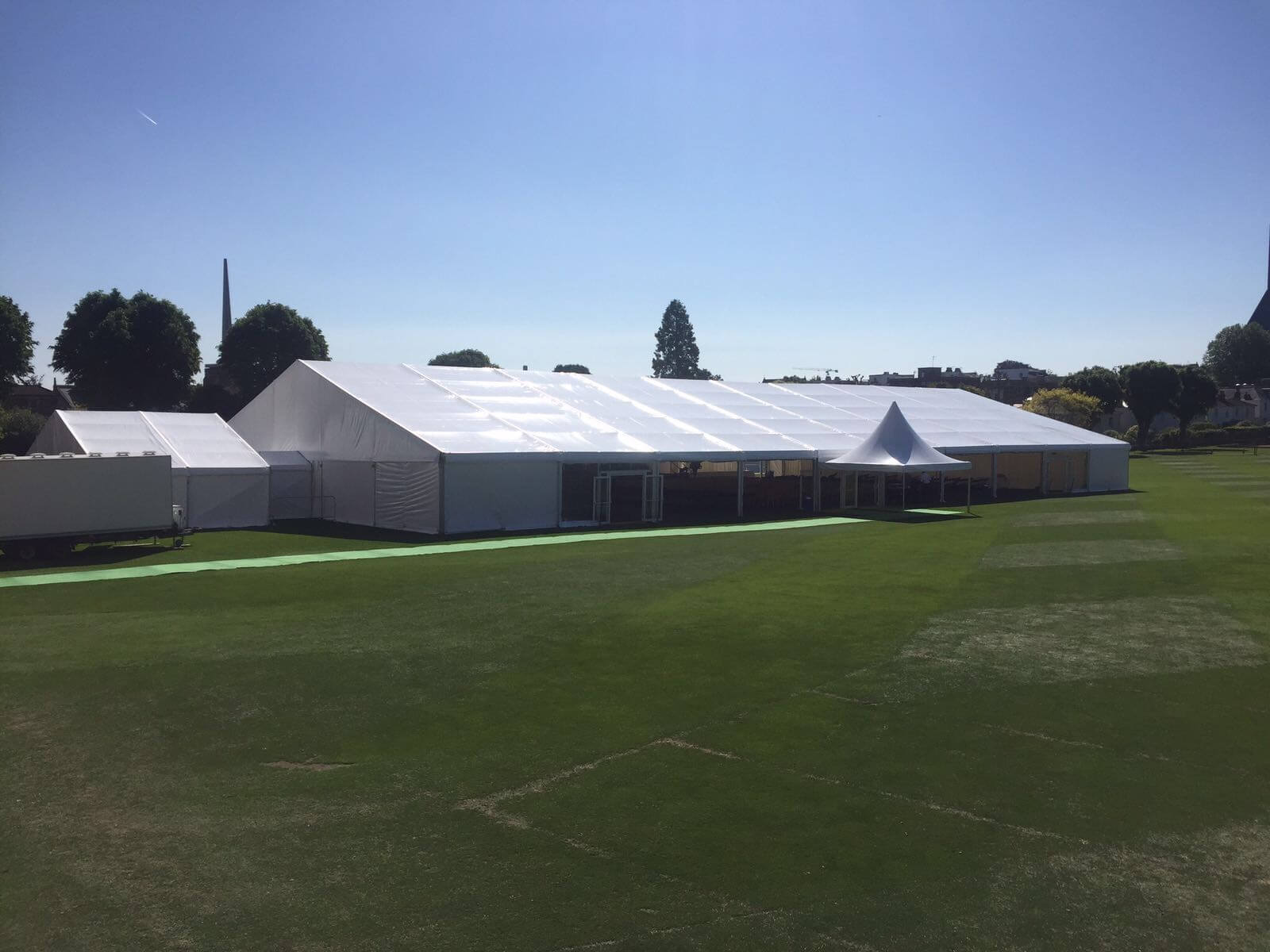 Premium clearspan marquee basking in the glorious sun