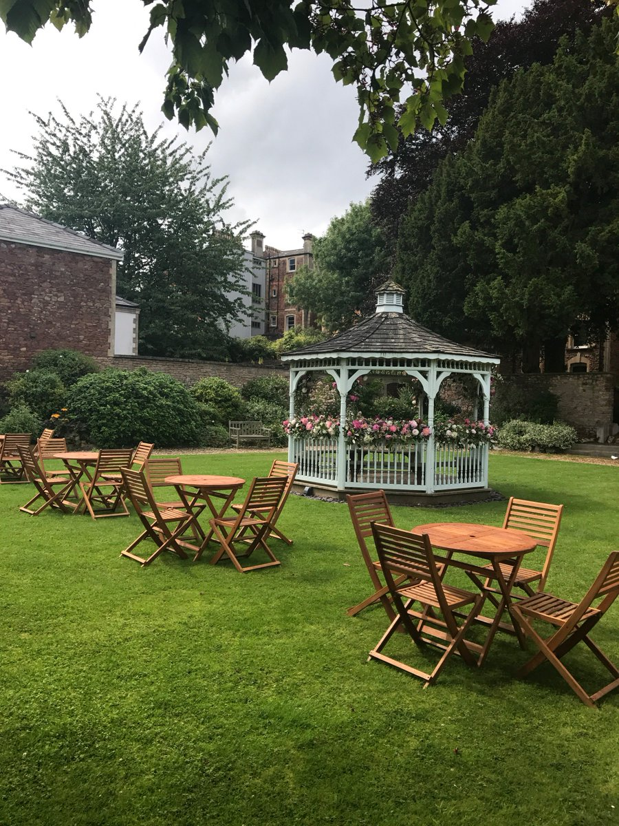 Gazebo at The Mansion House is a beautiful place to say ones vows